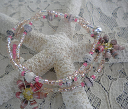 Paper bead necklace in pink and whites