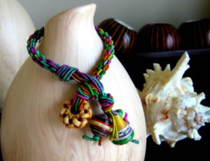Kumihimo With Paper Beads